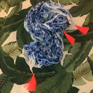 ✨Get Trunky On the Square Scarf | Lilly Pulitzer